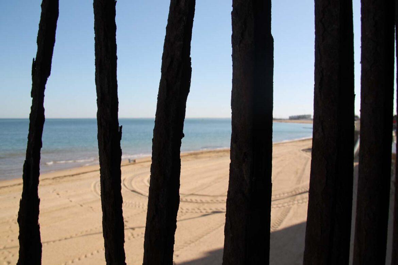 Las playas de la costa de Cádiz se hacen grandes